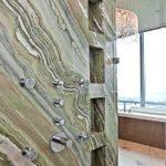 Kamenný obklad koupelny