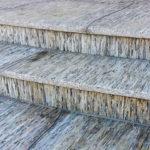 Venkovní obložení schodů z ruly